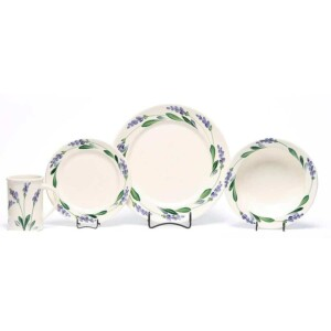 Lavender Classic Dinner Plate Set for One