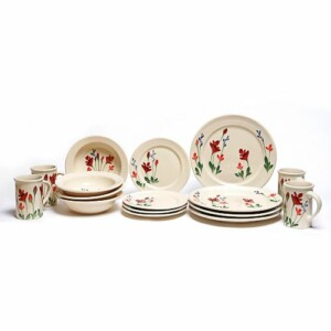 Red Poppy Classic Dinner Plate Set for Four